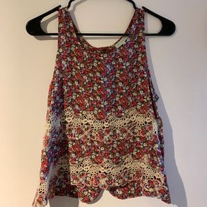 Jun & Ivy Floral Tank Top